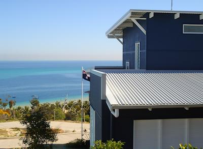 Welcome Blue Moon Beach House Stunning Tangalooma Moreton Island Beach House With Breathtaking Views